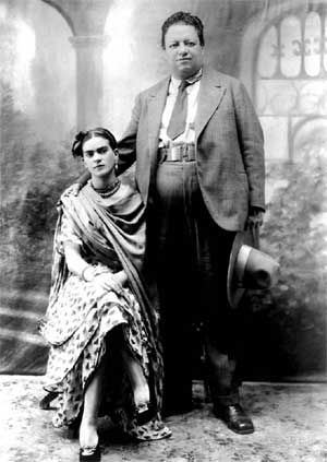 31-wedding-photo-of-diego-rivera-and-frida-kahlo-21-august-19291
