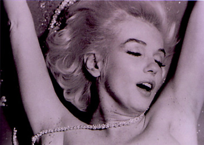 49_bertstern_thelastsitting_marilynmonroe_purple_pearls