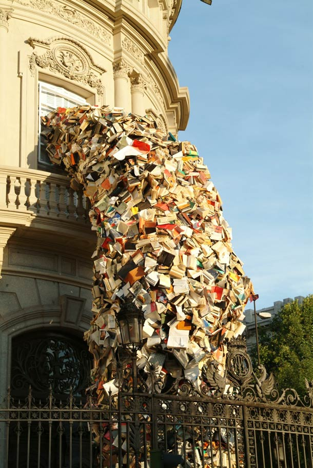 alicia-martin-books-sculptures-12